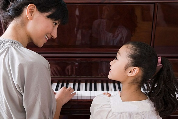 Best age to start piano