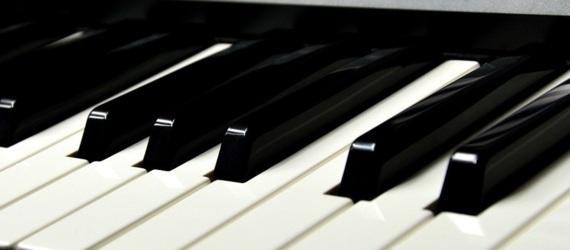 How to choose a piano or keyboard for beginners
