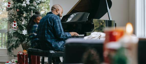 15 Easy Piano Songs You Can Practice As A Beginner